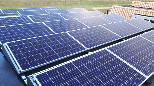 IBC zonnepanelen flatfix fusion Hoogeveen