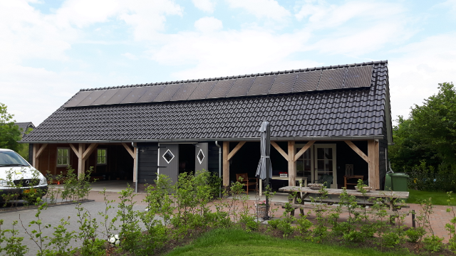 SolarWatt glas-glas zonnepanelen Nieuweroord