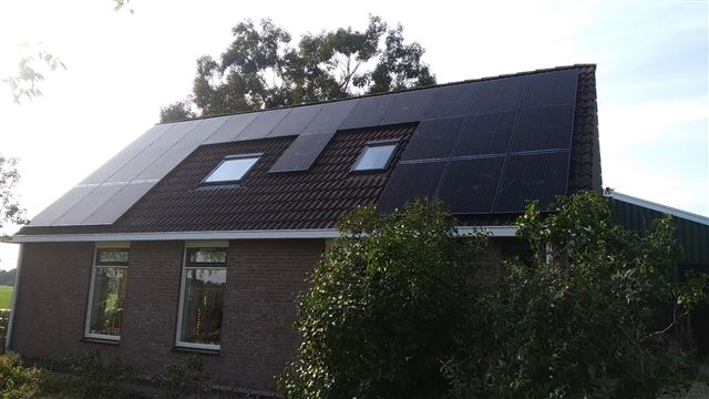 Solarwatt glas glas zonnepanelen Tiendeveen