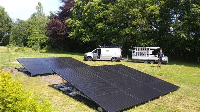 Solarwatt glas glas zonnepanelen op valk schans Zuidwolde