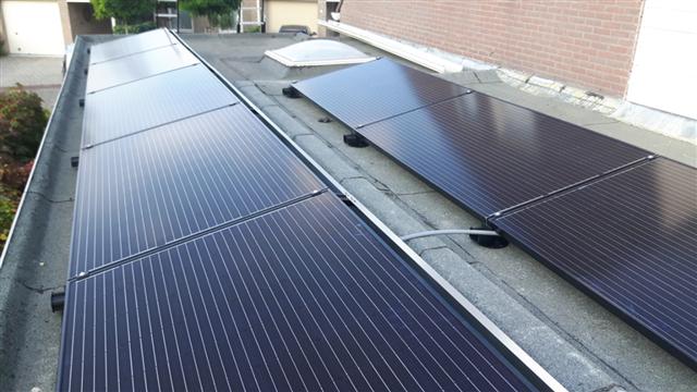 IBC zonnepanelen Hoogeveen met flatfix fusion