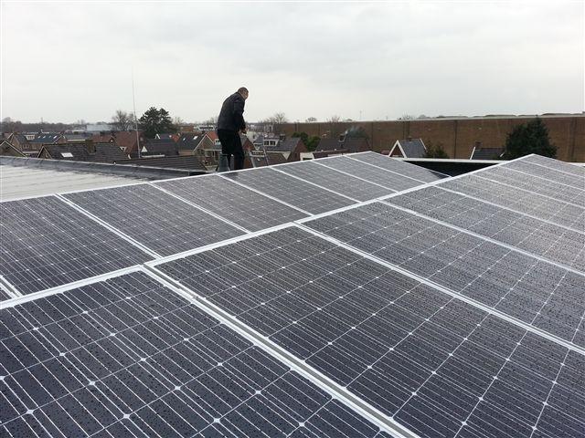 JA solar zonnepanelen Hoogeveen