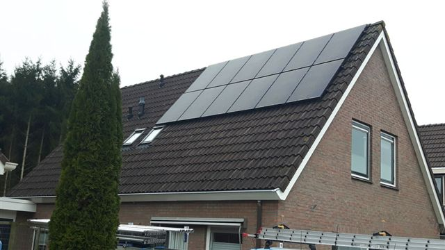 JA solar zonnepanelen Tiendeveen