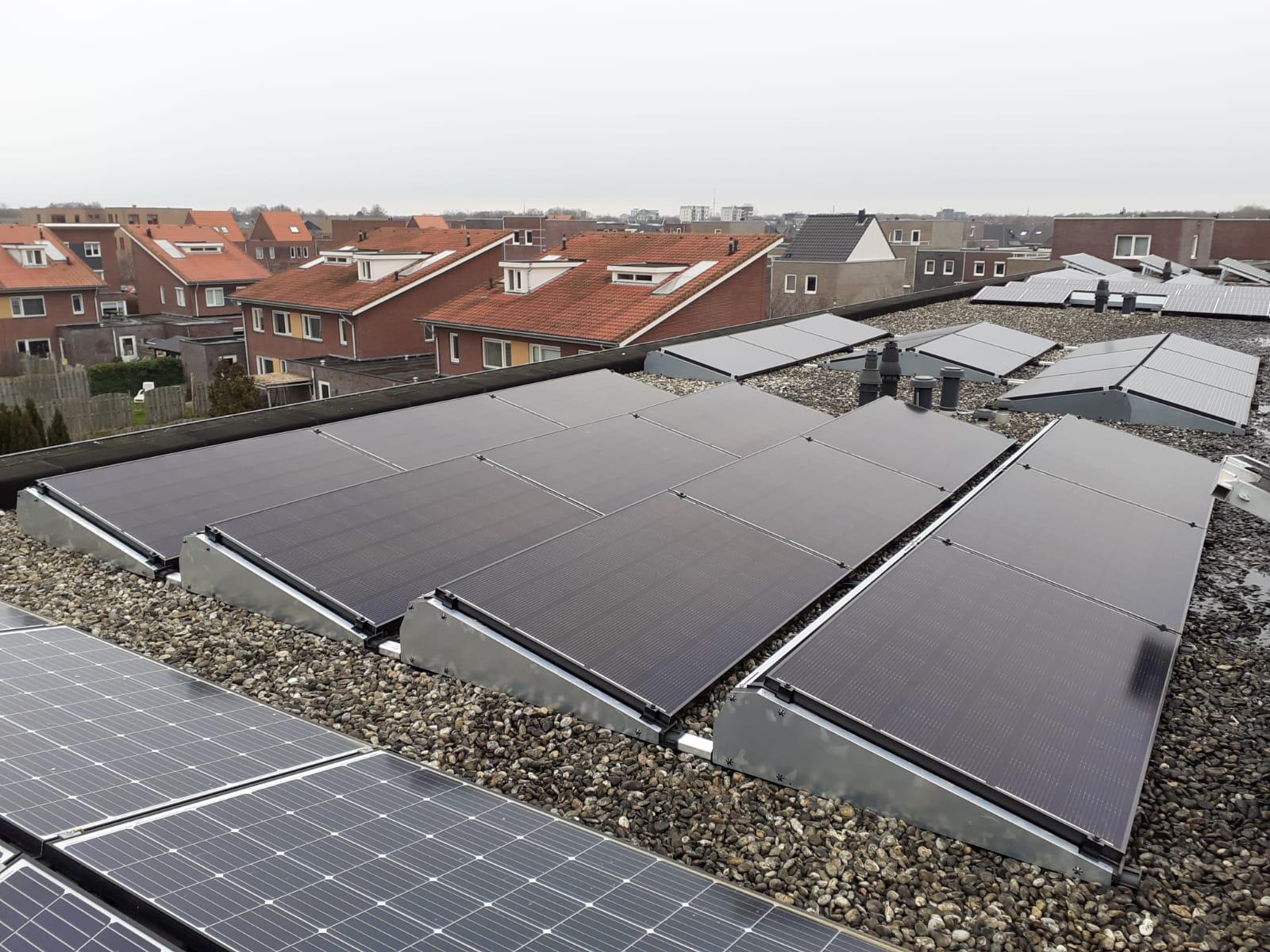 IBC Monosol zonnepanelen flatfix Hoogeveen