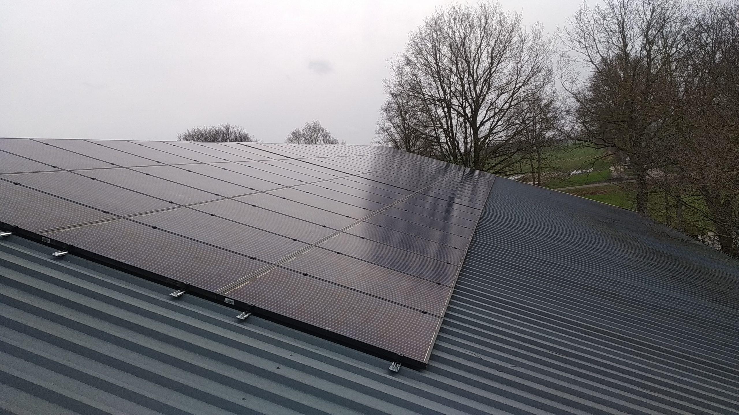 Centro Solar 215 zonnepanelen met SMA tripower omvormer Vroomshoop