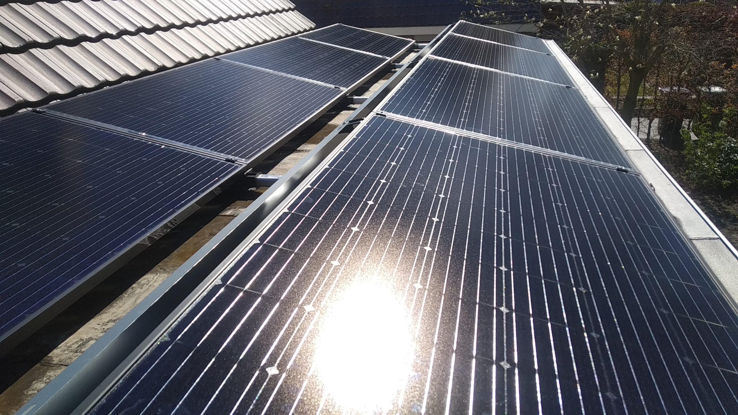 Solarwatt glas-glas zonnepanelen en flatfix fusion Hoogeveen