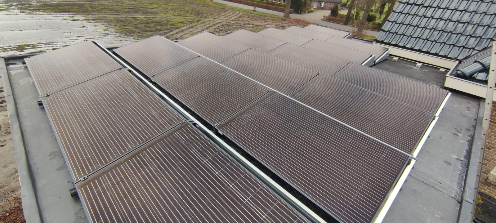 SolarWatt black edition glas glas zonnepanelen Alteveer