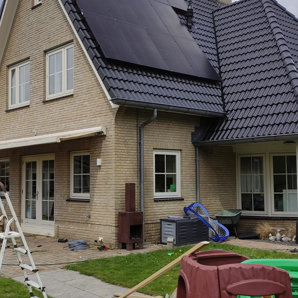 SolarWatt black edition glas glas zonnepanelen Hoogeveen Drenthe