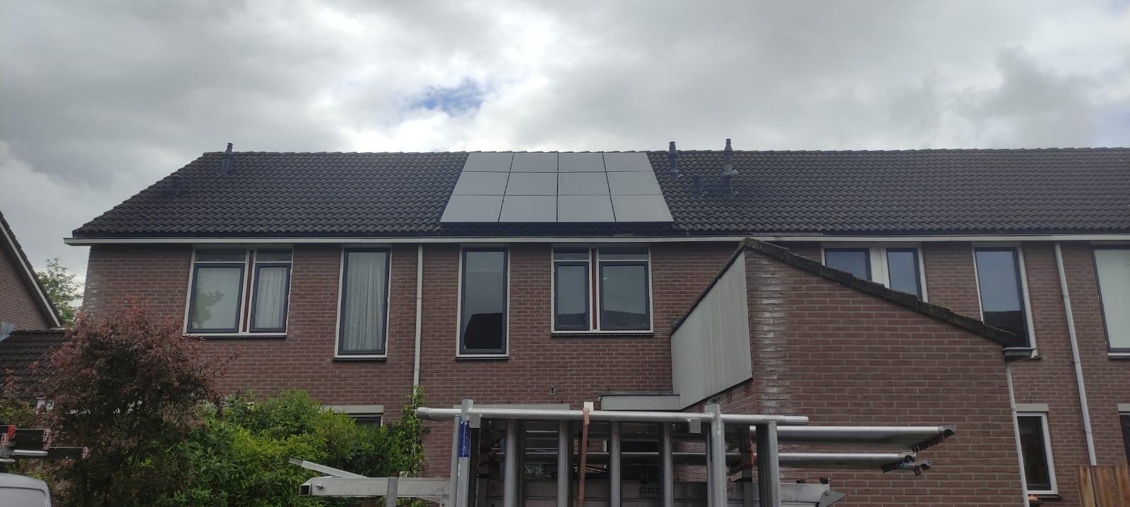 SolarWatt black edition glas/glas zonnepanelen Ommen Overijssel