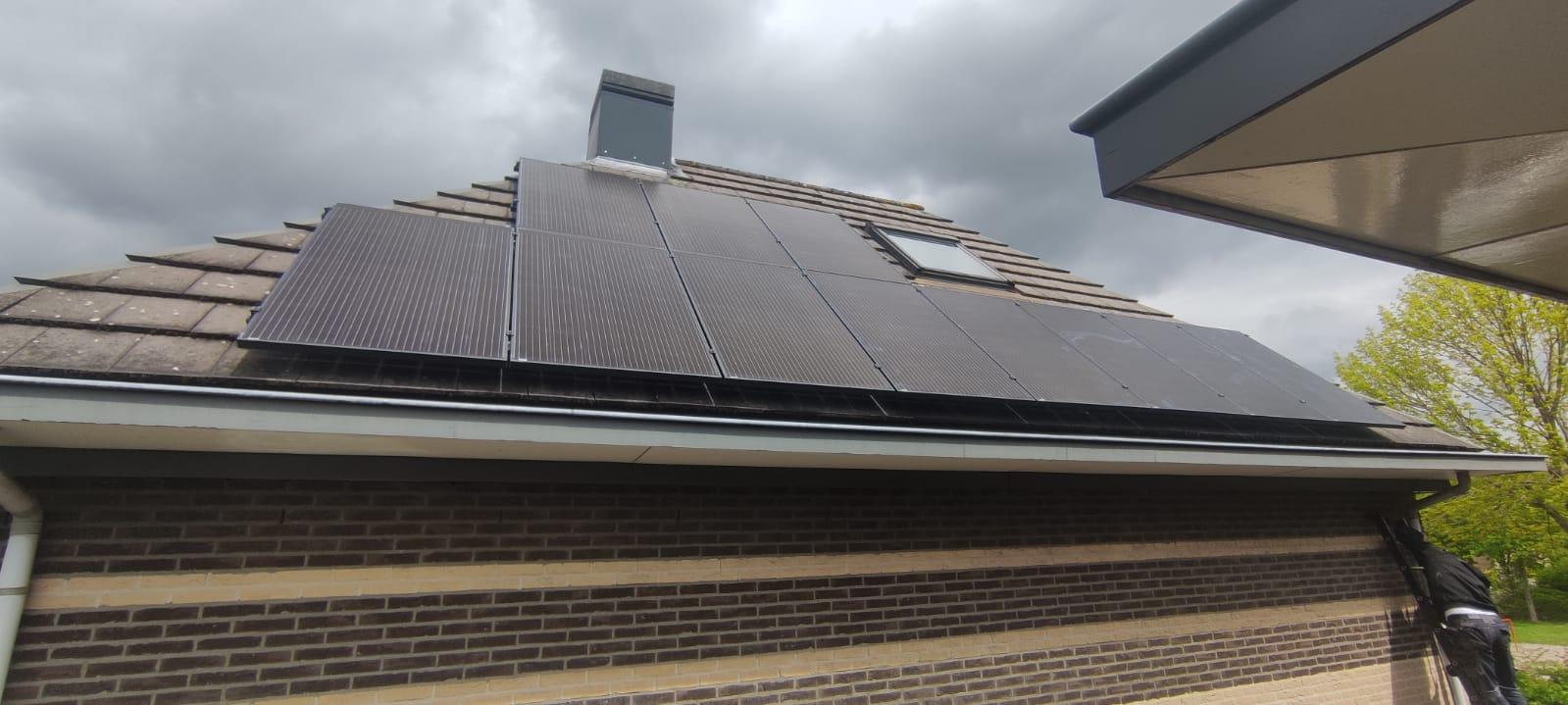 SolarWatt black edition glas/glas zonnepanelen HoogeveenDrenthe